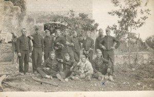 EB-groupe-1913-300x189 dans P4 - Emile BOUISSON
